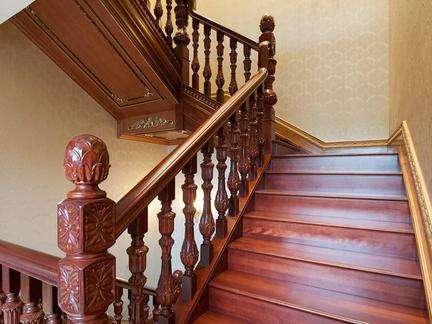 标准楼梯踏步尺寸,楼梯踏步高度,标准楼梯宽度,专业楼梯踏步计算法